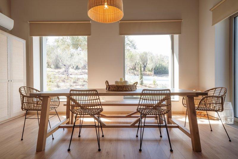 Elies Residences Villa Molyvos, location de vacances à Dikili