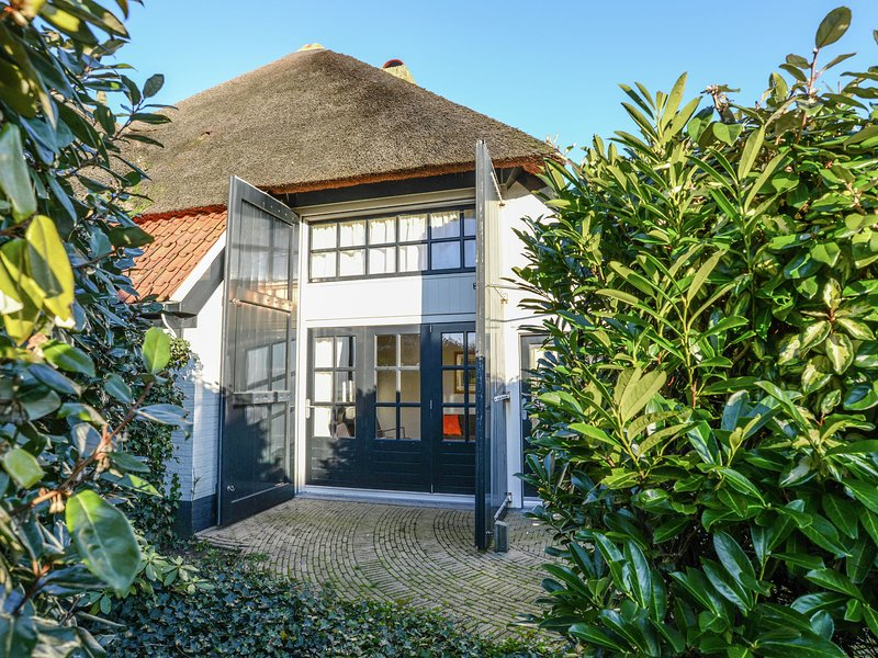 Charming lodge in the former fishing village of Oost on Texel, location de vacances à Den Burg