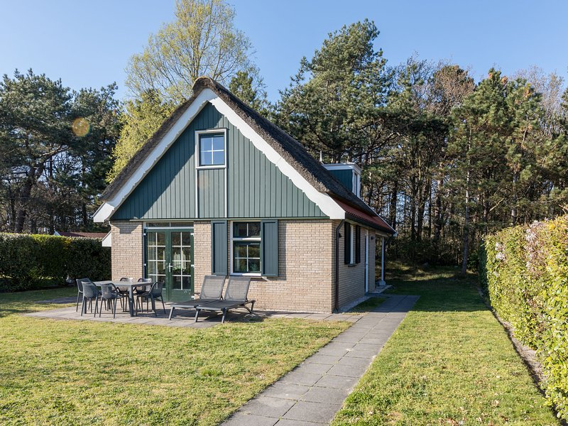 Detached house with dishwasher, 2 km. from the sea on Texel, location de vacances à Den Burg