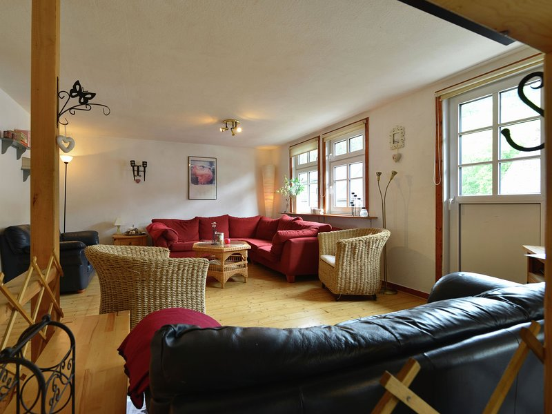 A comfortable, large house with WiFi in Hochsauerland, suitable for 14 persons, holiday rental in Andreasberg