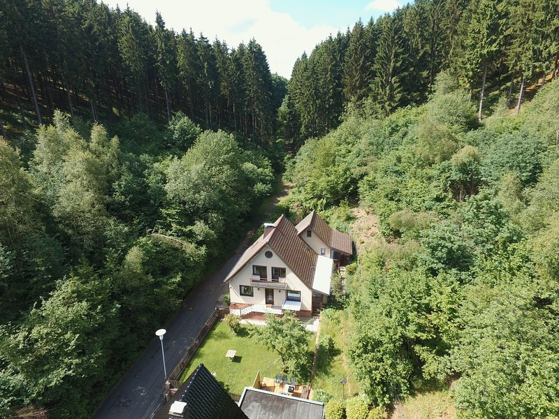 Cozy Holiday Home in Hellenthal Eifel with Garden, holiday rental in Hellenthal