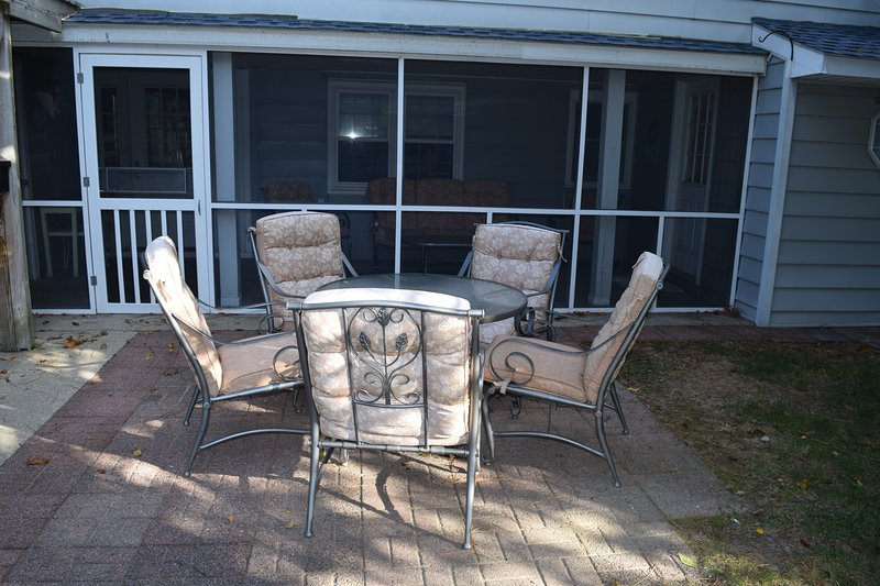 Enjoy outdoor seating on the patio while you grill your favorite summer foods on the gas grill!