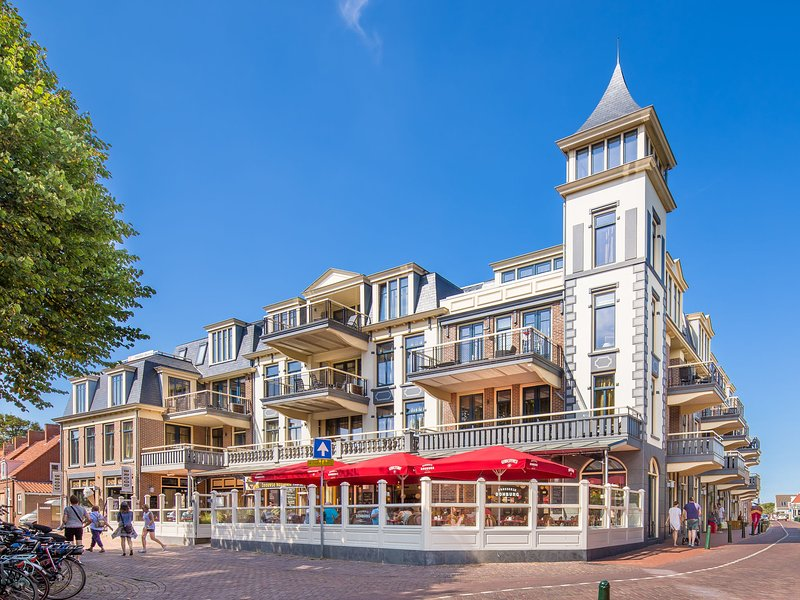 Luxurious apartment with sauna and AC, 200 m. from the sea, location de vacances à Domburg