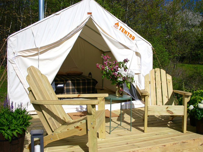 Tentrr Signature Site - Fat Apple Farm, holiday rental in Millerton