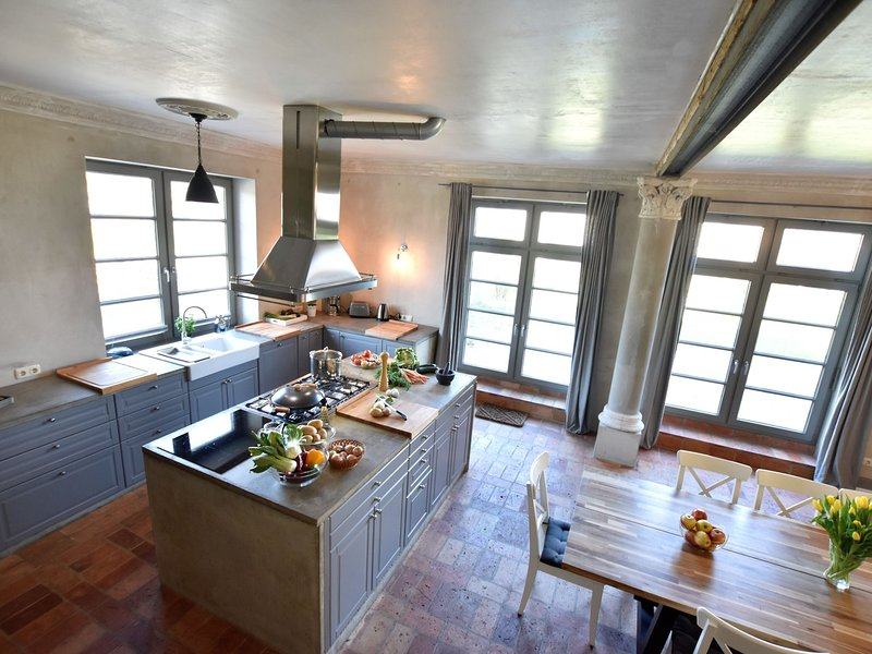 Stylish Holiday Home in Detershagen (Kröpelin) with Garden, casa vacanza a Goldberg