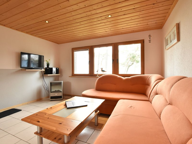 Cosy Holiday Home in Am Salzhaff by the Sea, holiday rental in Am Salzhaff