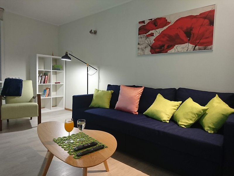 City center Raua apartment with balcony, Ferienwohnung in Tallinn