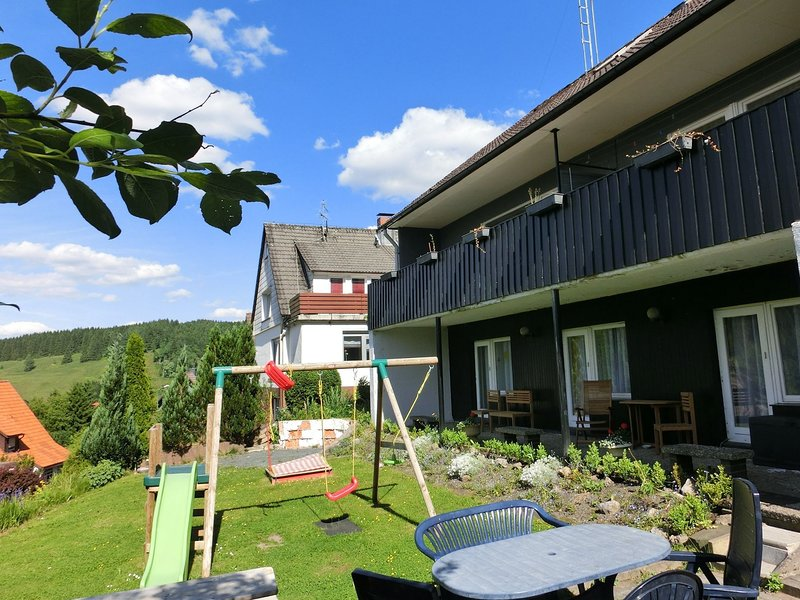 Detached group house in the Upper Harz with large garden and playground, holiday rental in Wildemann