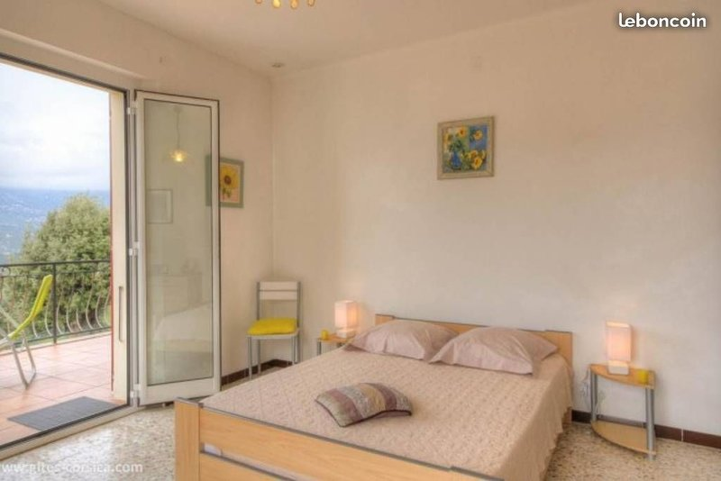 Confort vue et dépaysement à 25mn d'AJACCIO 2 grandes chambres, location de vacances à Vero