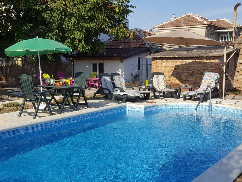 Marinka House, Traditional Village House., holiday rental in Burgas