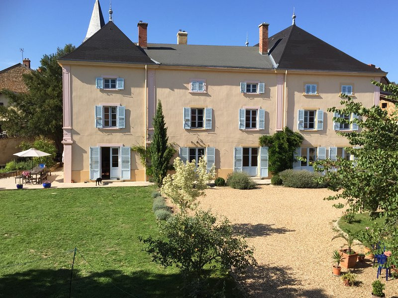 Le Chateau de Moiré, our beautiful family home in the Beaujolais., holiday rental in Lozanne