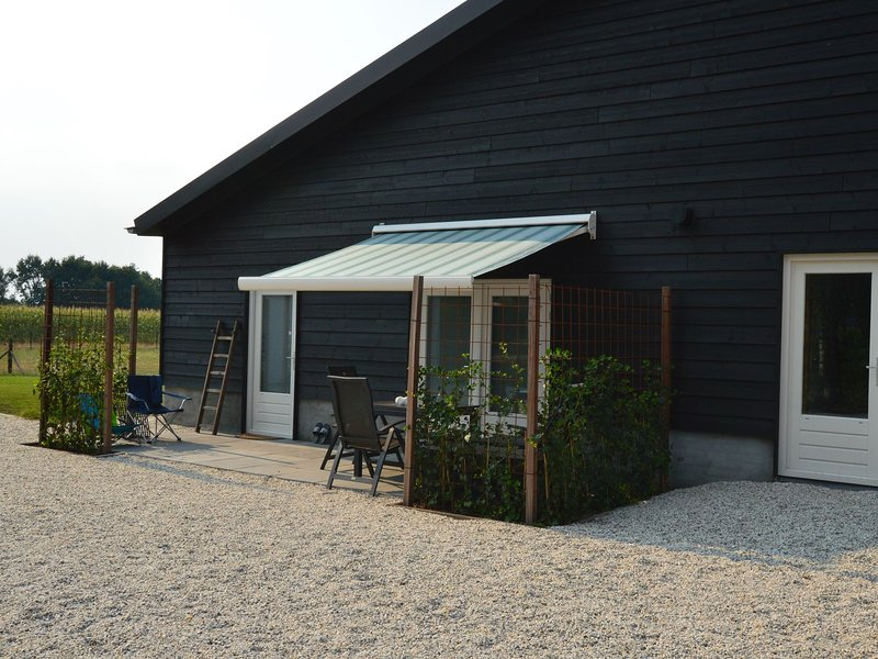 Lovely Holiday Home in Nistelrode near Lake, vacation rental in Berlicum