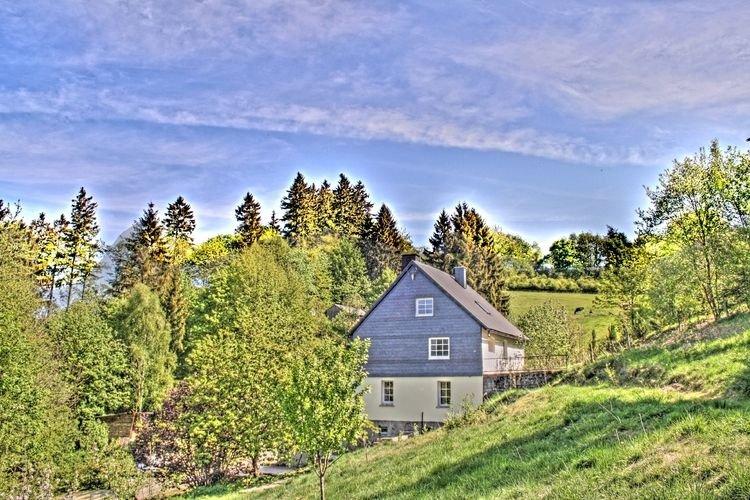 lovely group house in a great location in Willingen, location de vacances à Schwalefeld