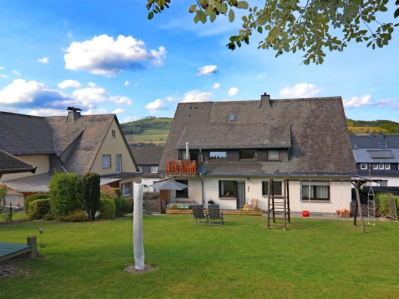 Modern Apartment in Velmede with Private Terrace, holiday rental in Ruthen
