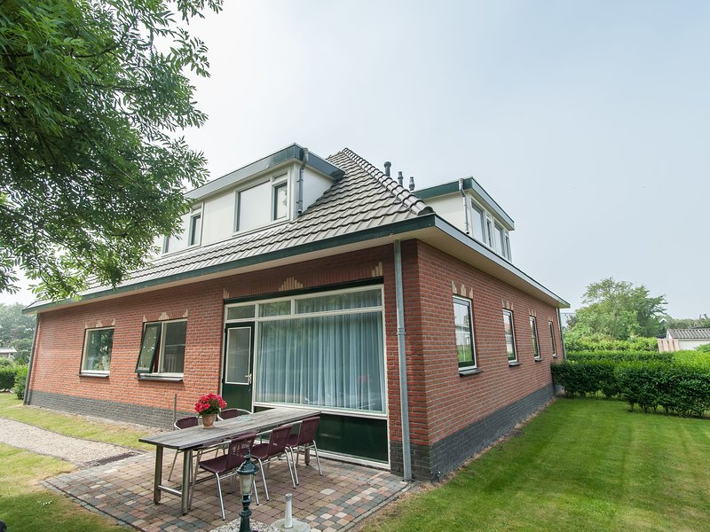 Quietly located apartment in a rural area, aluguéis de temporada em Groote Keeten