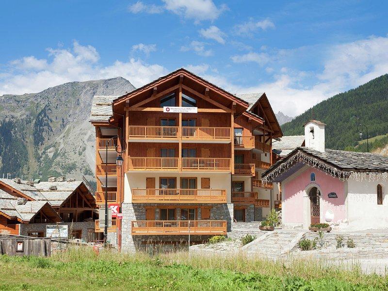 Modern apartment near the ski lift in an authentic village, alquiler vacacional en Sainte-Foy-Tarentaise