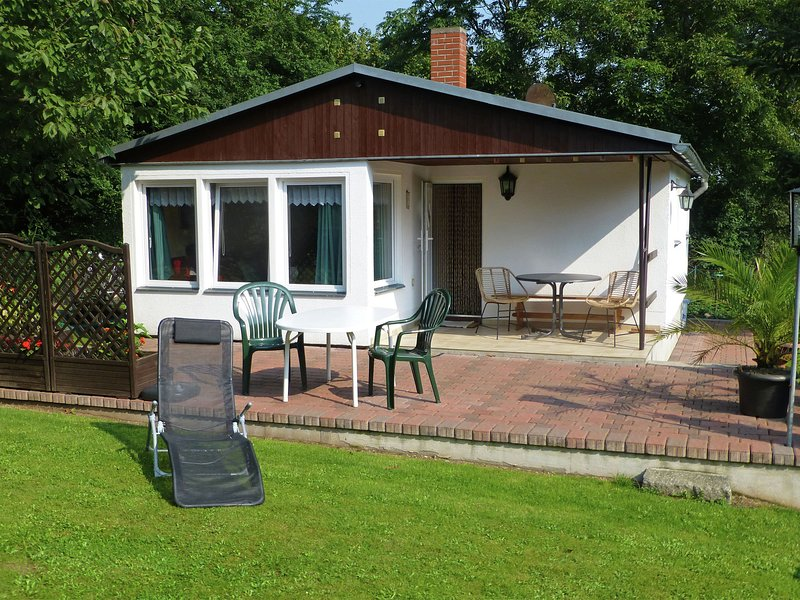 Cosy holiday home in Thale with terrace and sweeping grounds, location de vacances à Gernrode