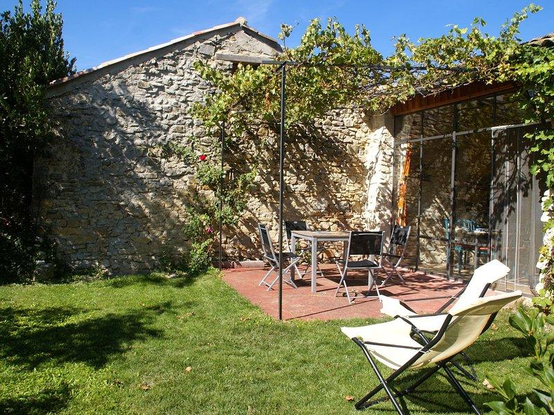 Cozy Holiday Home in Marignac-en-Diois with Garden, vacation rental in Plan-de-Baix