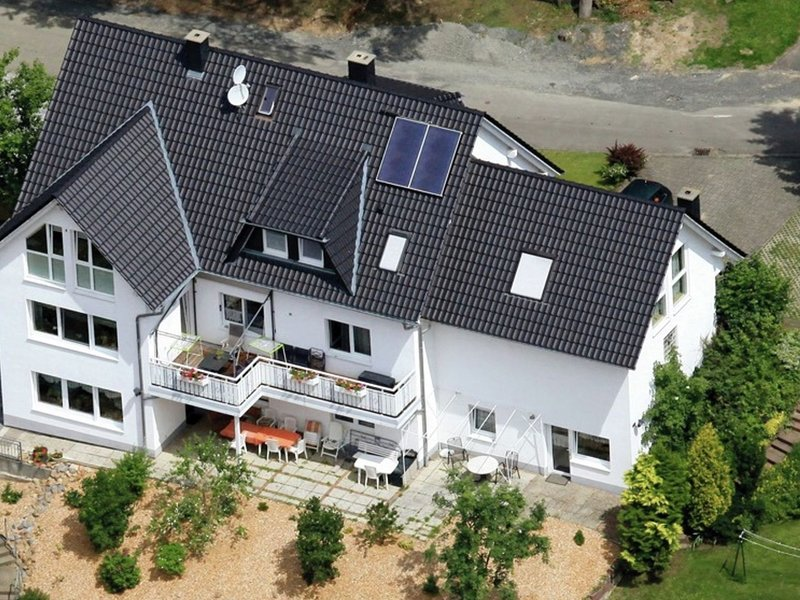 Apartment with private terrace in the mountainous region of northern Hesse, holiday rental in Schwalmstadt