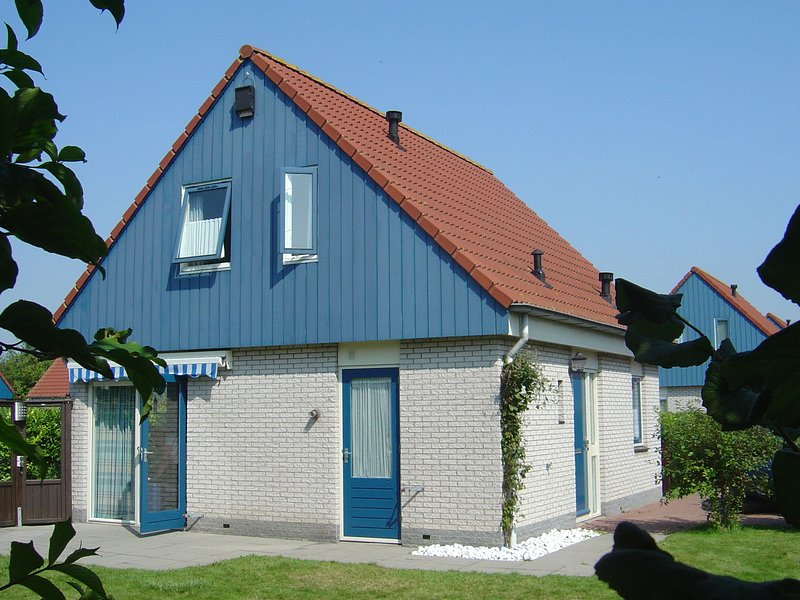 Pleasant Holiday Home in Kamperland near the Sea, vacation rental in Veere