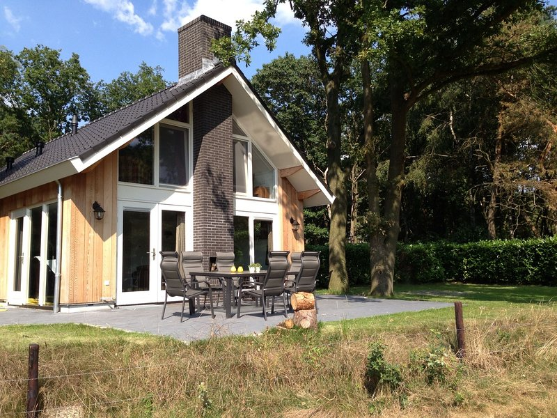 Cozy Holiday Home in Reutum with Sauna, holiday rental in Mekkelhorst