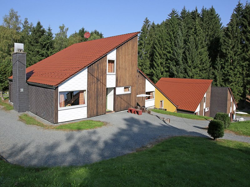 Nice holiday home in the Hochsauerland with terrace in a quiet location, holiday rental in Andreasberg