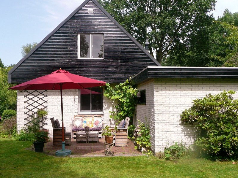 Detached Holiday Home in Friesland near the Forest, holiday rental in Veenhuizen