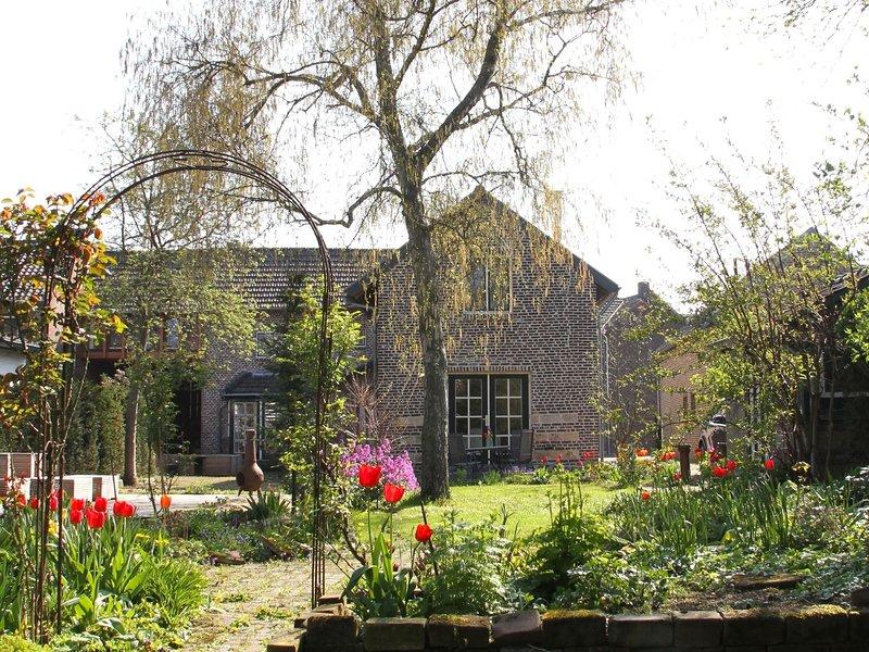 Luxurious Holiday Home in Eijsden near the River, casa vacanza a Gronsveld