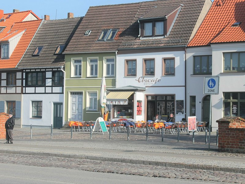 Picturesque Apartment in Wismar Germany near Beach, holiday rental in Dorf Mecklenburg
