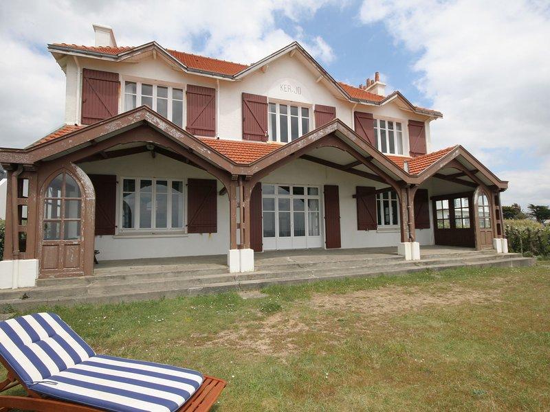Impressive Villa With Sea View in Clohars-Carnoët, location de vacances à Le Pouldu