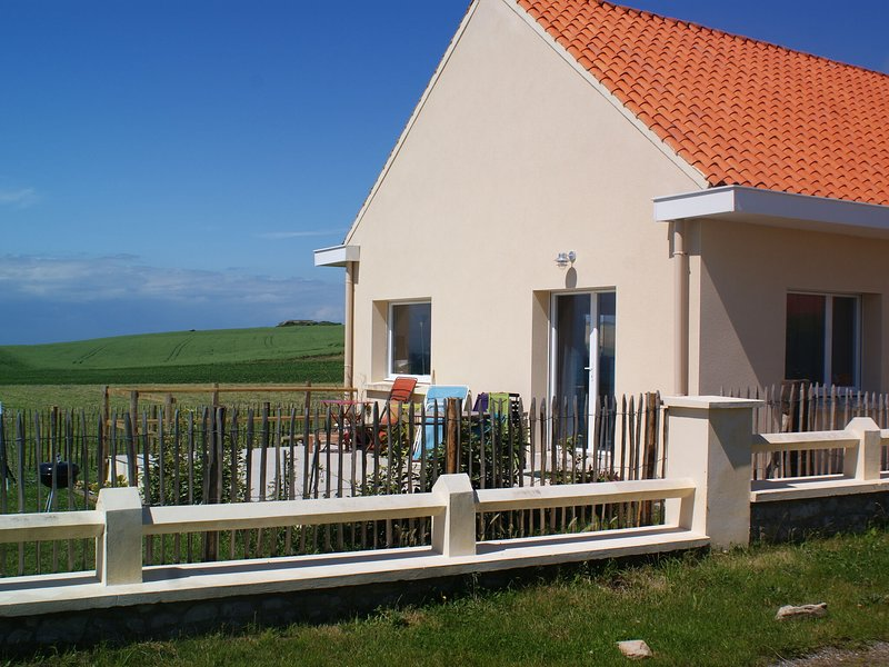 Fantastic renovated house on the Opal Coast cliffs, holiday rental in Audinghen