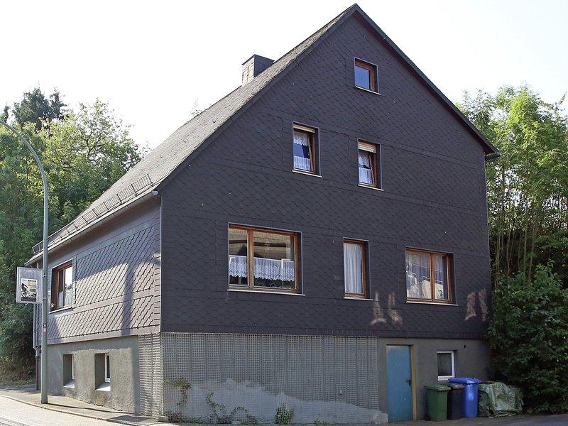 Cosy Apartment in Medebach with Terrace, location de vacances à Korbach