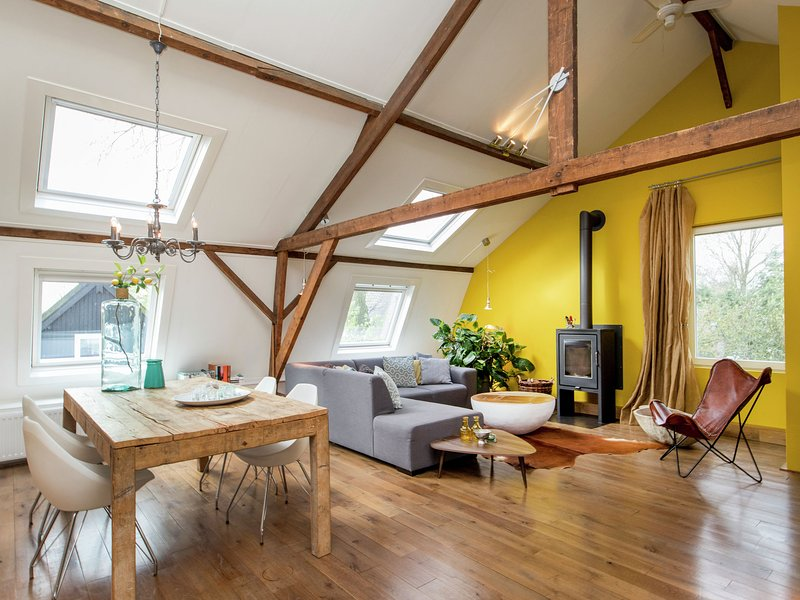 Vibrant Farmhouse near Forest in Heeze-Leende – semesterbostad i Eindhoven