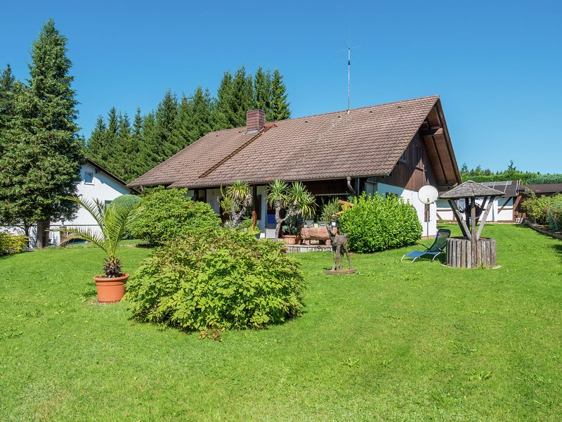 Holiday apartment in the wild and romantic Black Forest with ideal daytrip optio, holiday rental in Sankt Margen