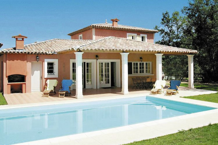 Nice villa with dishwasher and whirlpool, golfcourse at 1 km, vacation rental in Fayence