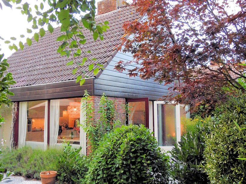 Quiet Holiday Home in South Holland by the Lake – semesterbostad i Noordwijkerhout