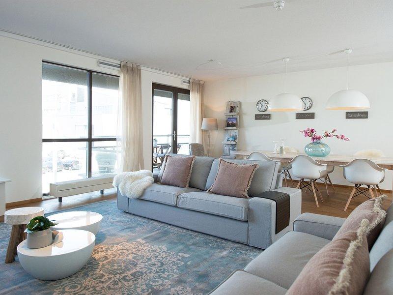 Neat Apartment in The Hague With Parking, Ferienwohnung in Den Haag