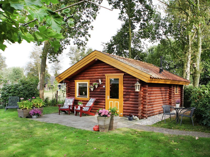 Lovely Cottage in Gramsbergen with Forest nearby, casa vacanza a Wilsum