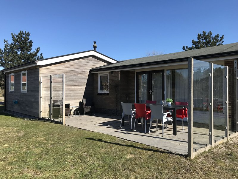 Modern Holiday Home in Frisian Islands with Private Terrace, holiday rental in Ameland