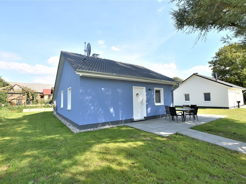 Modern Holiday Home in Pepelow with Sea Nearby, holiday rental in Neubukow