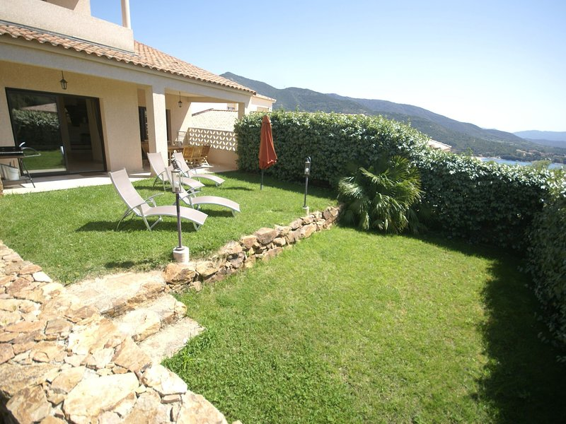 Charming villa on the heights of Sagone Bay, holiday rental in Sagone