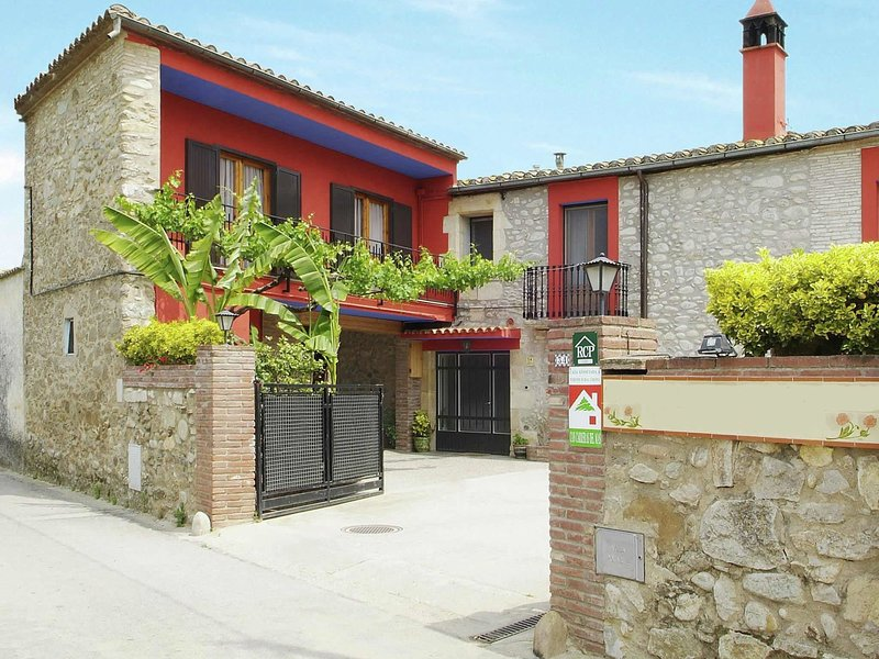 Modern Mansion in Bordils with Swimming Pool, holiday rental in Sant Marti Vell