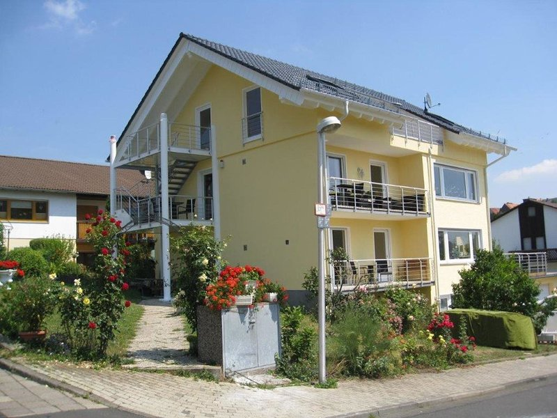 Comfortable Apartment in Bad Wildungen with Garden, location de vacances à Hemfurth-Edersee