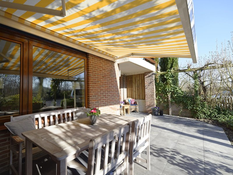 Cosy Apartment Near Veere With Private Terrace, vacation rental in Veere