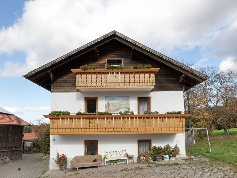 Apartment in the heart of the Bavarian Forest with balcony and a lovely view, holiday rental in Klatovy
