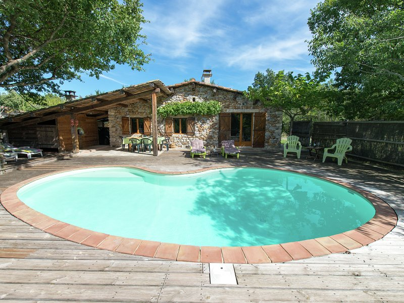 Lovely house in Ardeche, of ecological materials, with private swimming pool, holiday rental in Saint-Alban-Auriolles