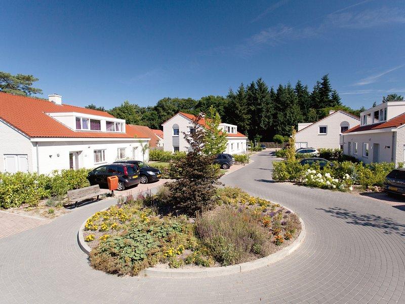 Luxurious villa with ten bathrooms, in green surroundings, alquiler vacacional en Swolgen