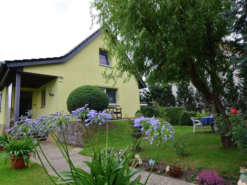 Quaint Holiday Home in Brandenburg near the Forest, aluguéis de temporada em Altdoebern