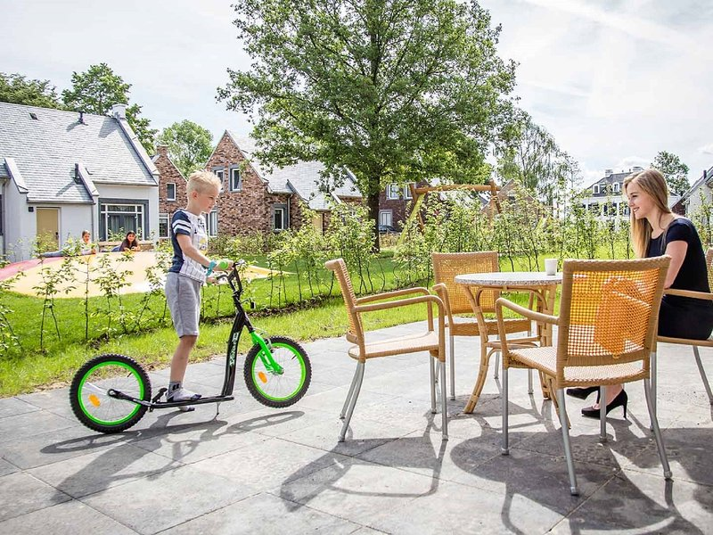Comfortable villa near the kids quarter, 4km from Maastricht, location de vacances à Rekem