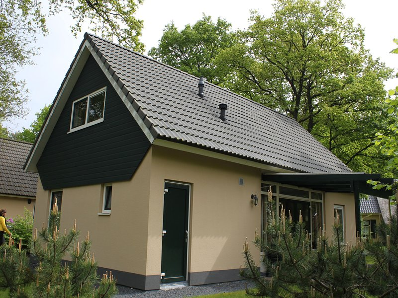 Comfortable, two bathroom holiday home, in a nature reserve, Ferienwohnung in Spier